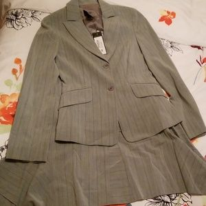 BCBG fully lined suit